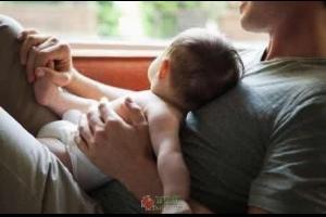 新时代的好爸爸,不再是赚钱养家这么简单了