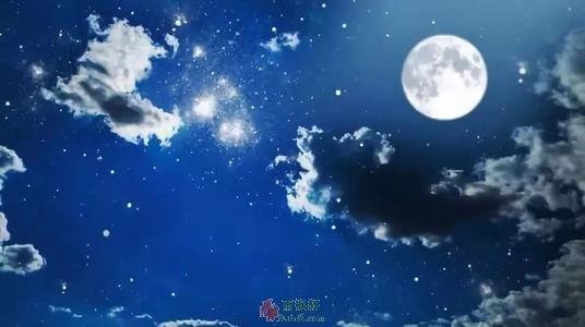 一轮旧时的纸月亮