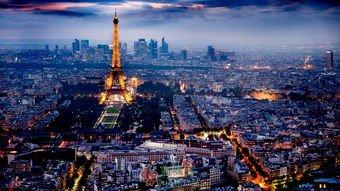 美,拯救了巴黎